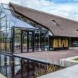 modern_countryside_villa_maas_archicten_architecture_residential_netherlands_glass_dezeen_hero_d.0