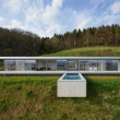 Paul-ruiter-house-with-cantilever-pool-house