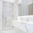 1ef8076ea8b7d7f1f9809f7a83c1a30f--modern-marble-bathroom-white-bathrooms