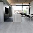 8d8d0583099c004fee75028082ec705c--grey-flooring-modern-flooring