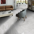 Blendstone_Large_Grey_Floor_Tiles_in_Modern_Apartment_large