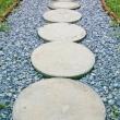 1-garden-paths