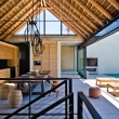 indoor-outdoor-open-plan-kitchen