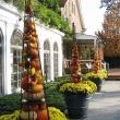 Beautiful-Inspiring-Outdoor-Fall-Decor-Ideas-21