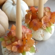 pale-scheme-pumpkin-candle-holders-with-flowers-decoration
