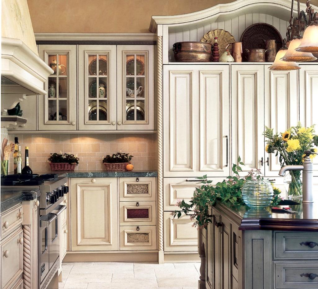Kitchen Cabinets Antique White: U-la-la: 15 Najlepših Provansalskih Kuhinj