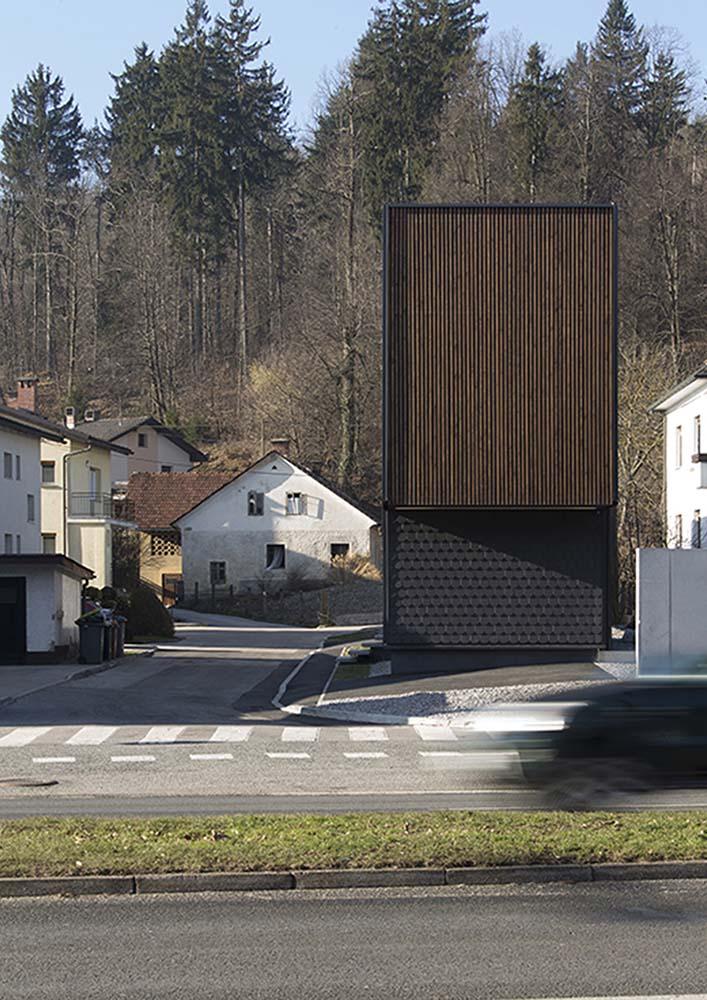 Hiša Celovška, gregorc vrhovec