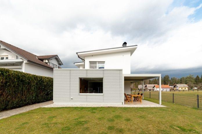 Hiša A, Studio.a+v